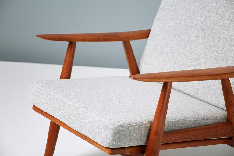 Scandinavian Modern Hans Wegner GE-270 Lounge Chair, 1956 For Sale