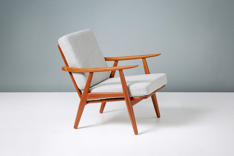 Hans Wegner GE-270 Lounge Chair, 1956 In Excellent Condition For Sale In London, GB