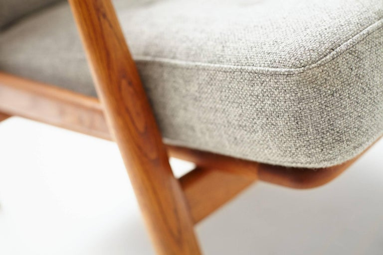 Mid-20th Century Hans Wegner GE-240 Oak Cigar Chair For Sale