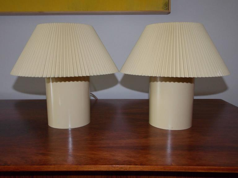 Small Vintage Bedroom Lamps At 1stdibs