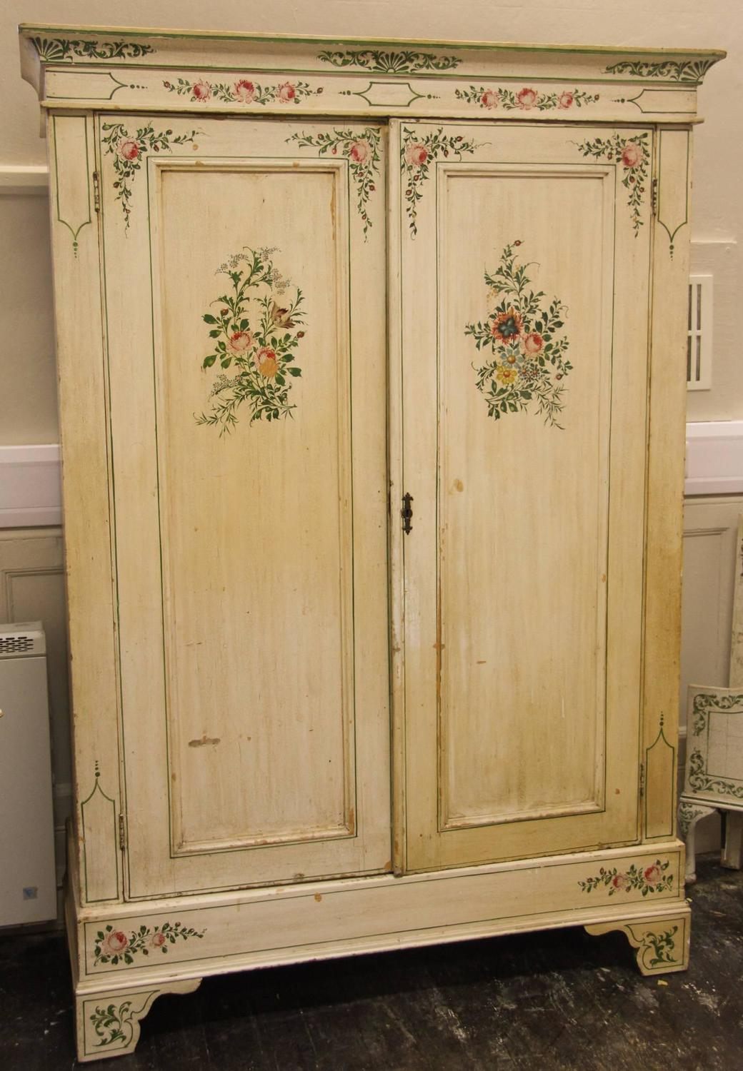Victorian painted bedroom suite for sale at 1stdibs for Bedroom suites for sale