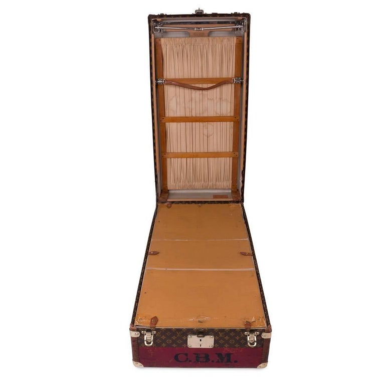 20th Century Rare Louis Vuitton Woven Canvas Wardrobe Trunk, circa 1930 6
