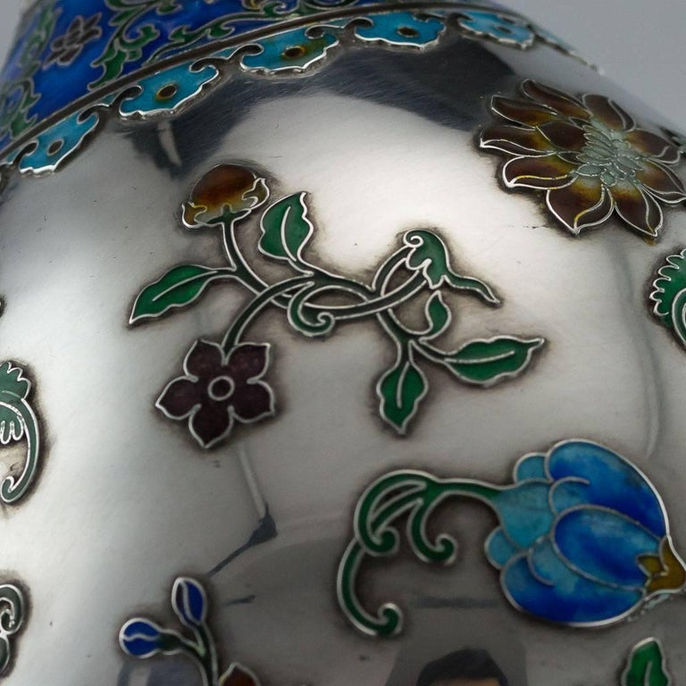 Antique Rare Chinese Export Solid Silver and Enamel Vase, circa 1880 For Sale 4