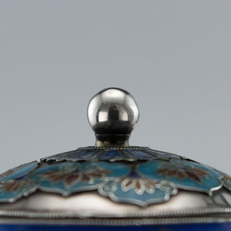 19th Century Rare Chinese Export Solid Silver and Enamel Pot, circa 1880 For Sale 4