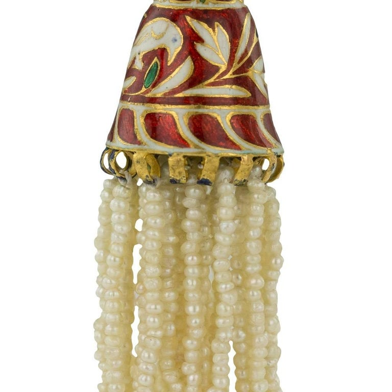 20th Century Antique Indian Enamelled 18-Karat Gold and Pearl Earrings, Jaipur, circa 1900 For Sale