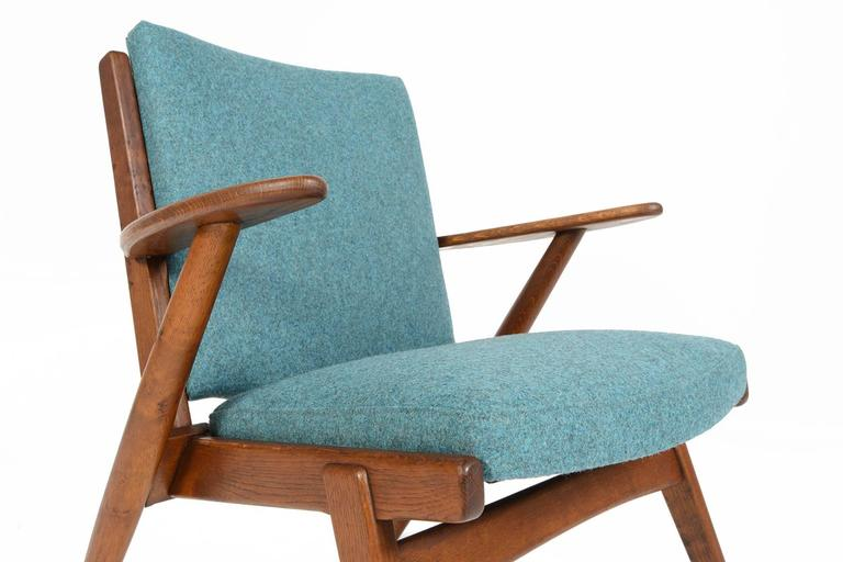Paddle Arm Lounge Chair in Stained Oak In Excellent Condition For Sale In Berkeley, CA