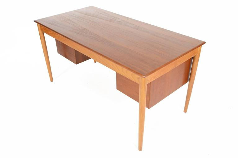 Large B 248 Rge Mogensen Executive Desk In Teak And Oak At 1stdibs