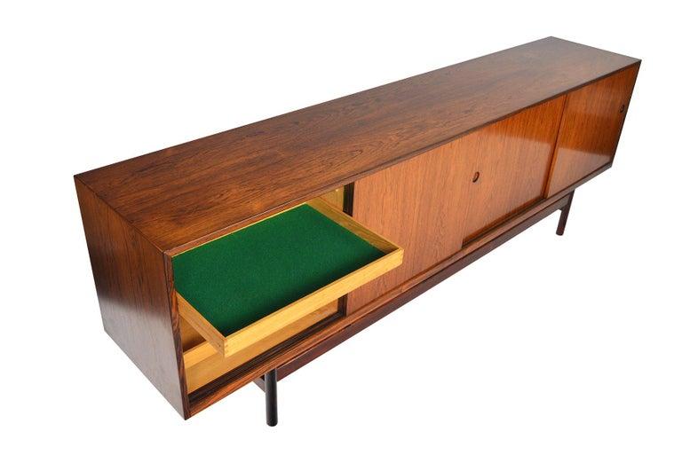 Long Danish Modern Ib Kofod- Larsen Rosewood Credenza For Sale 1
