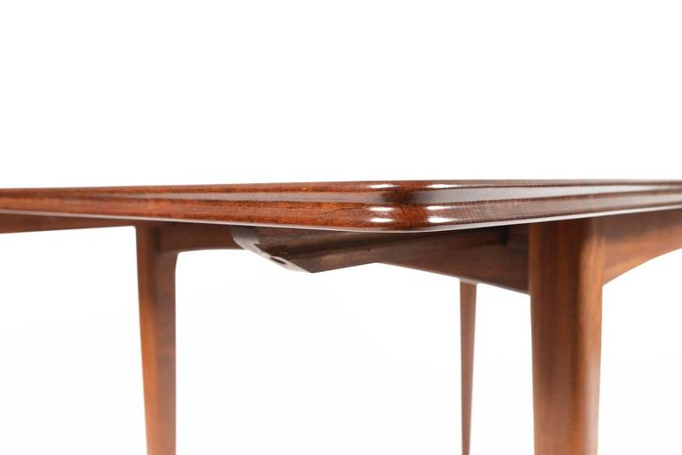 Solid Mahogany Butterfly Leaf Dining Table by Meredew at  : DSC0764l from www.1stdibs.com size 768 x 512 jpeg 16kB