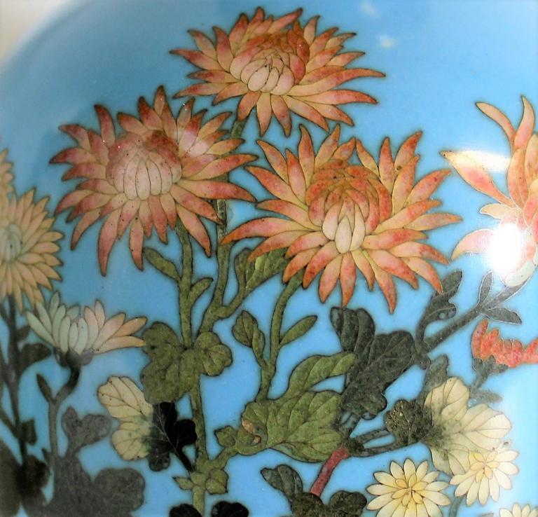 Pair of Japanese Meiji Period Cloisonné Vase's For Sale 3