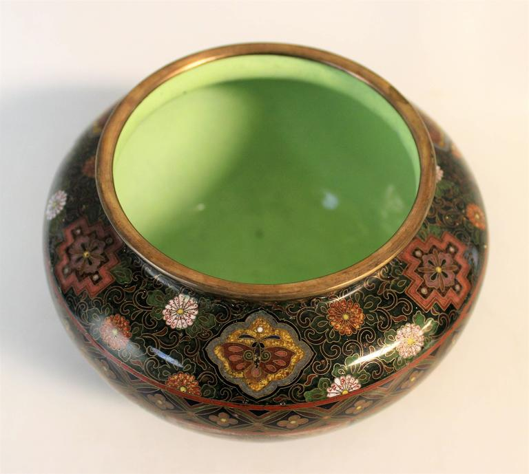 Japanese Meiji Period Cloisonne Bowl In Good Condition For Sale In Hamilton, Ontario