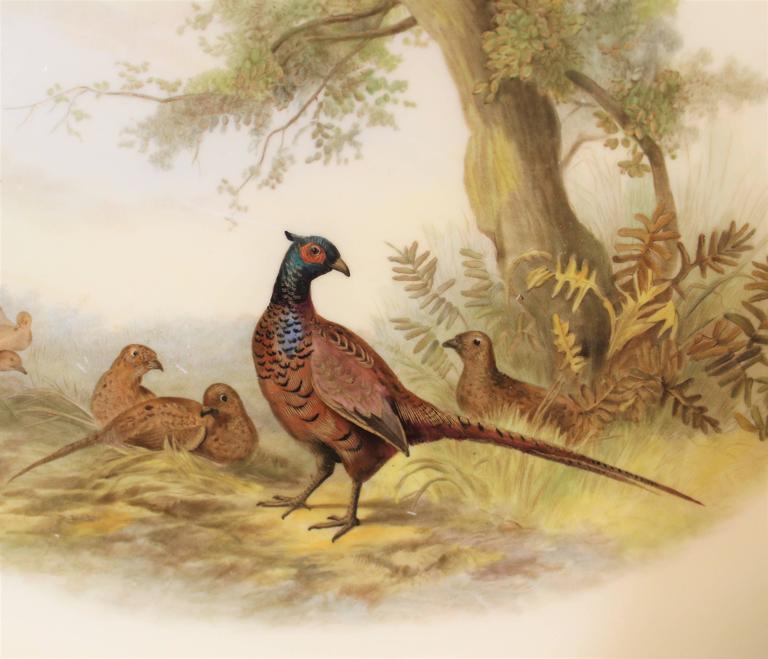 Royal Worcester Porcelain Platter with Pheasants In Good Condition For Sale In Hamilton, Ontario