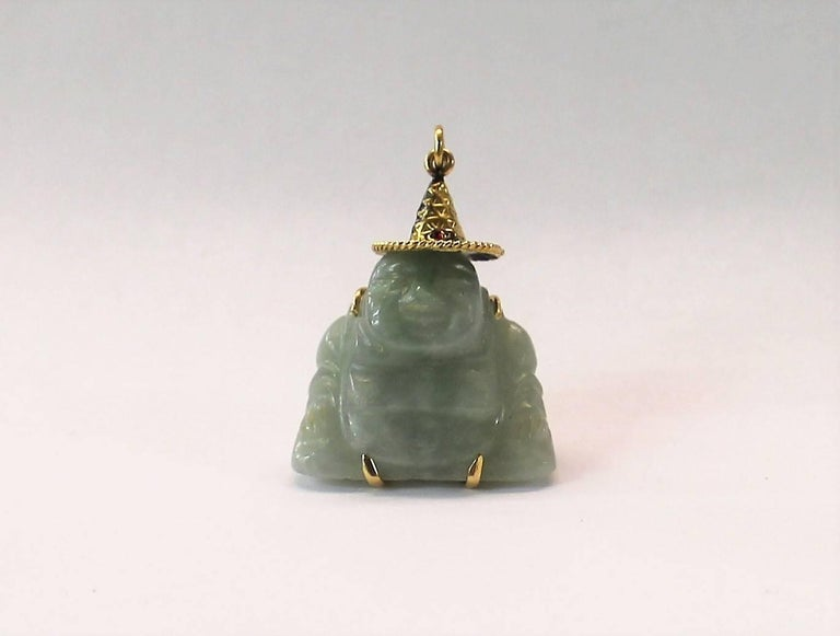 Chinese 14-Karat Gold and Jade Buddha Necklace Pendant with Ruby For Sale 1