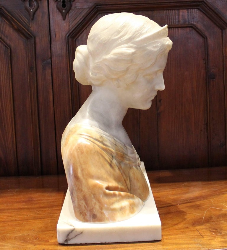 19th Century Italian Alabaster Bust For Sale 3