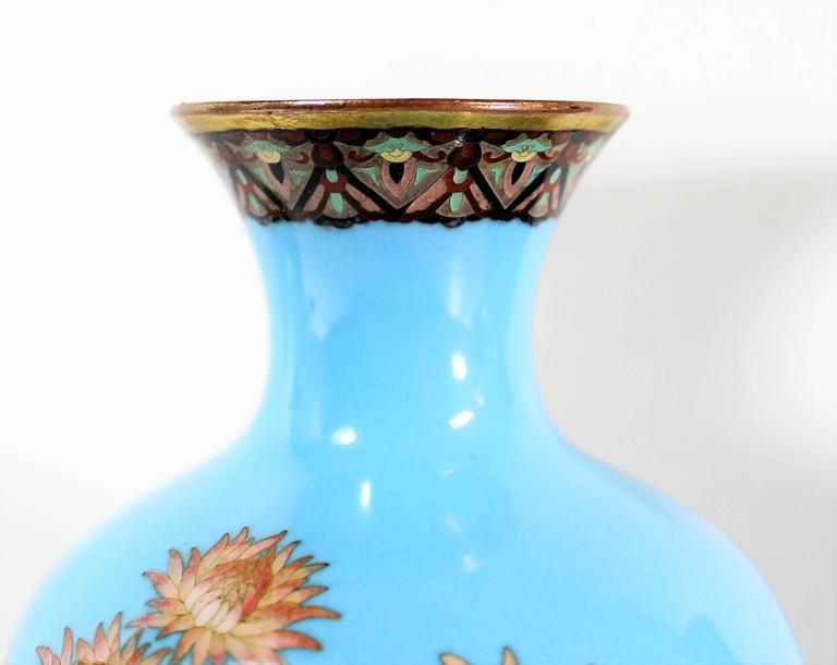 Pair of Japanese Meiji Period Cloisonné Vase's For Sale 4