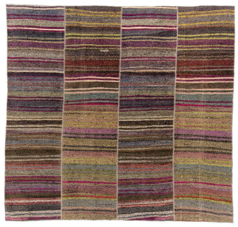 Vintage Turkish Flat Weave Rug: Vintage Banded Turkish Flat-Weave Kilim Rug For Sale At