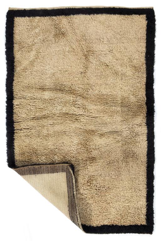 Minimalist Anatolian Tulu Rug Made Of Natural Beige And