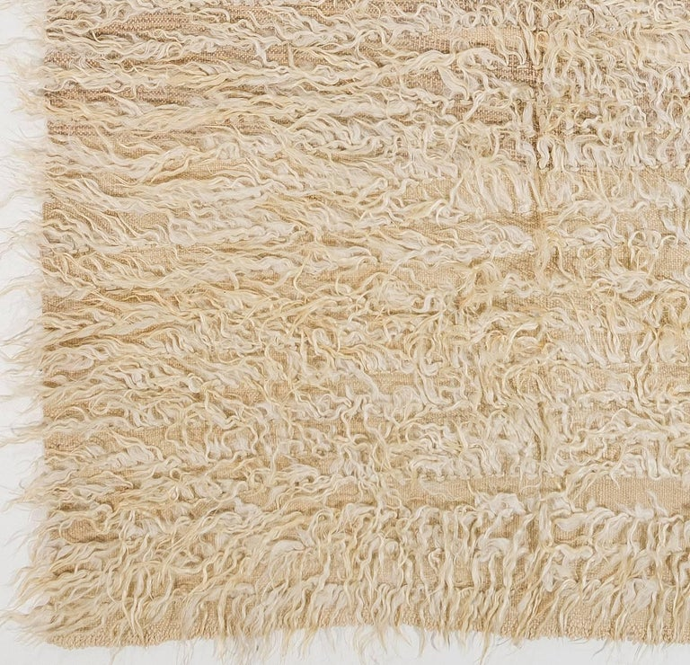 Minimalist Plain Ivory Tulu Rug Made Of Natural Undyed Mohair Wool For