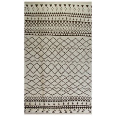 6 x 10 ft Contemporary Moroccan Rug. 100% Wool. Custom Options Available. T17