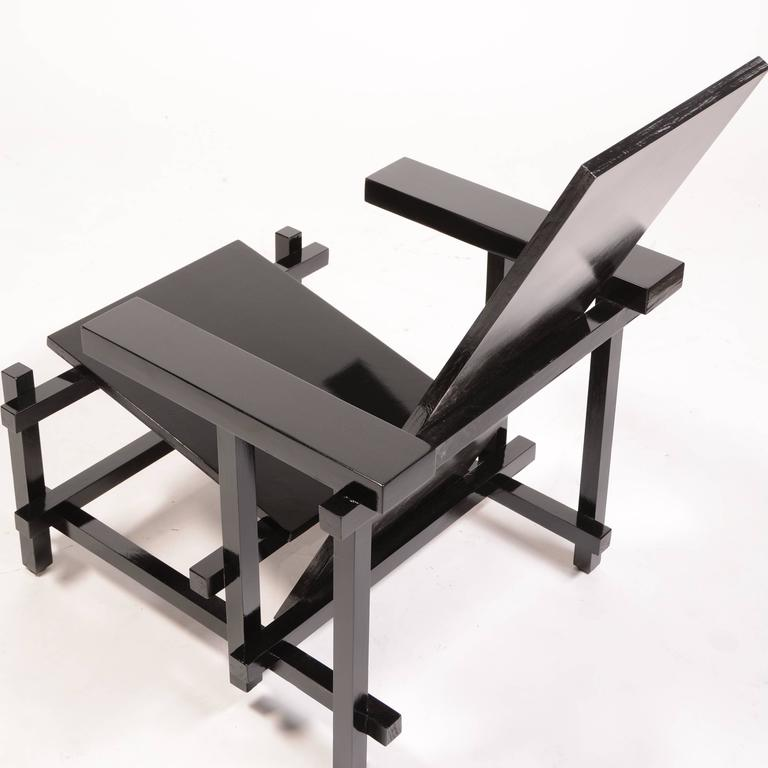 Vintage Gerrit Rietveld Chair in Black In Excellent Condition In Los Angeles, CA