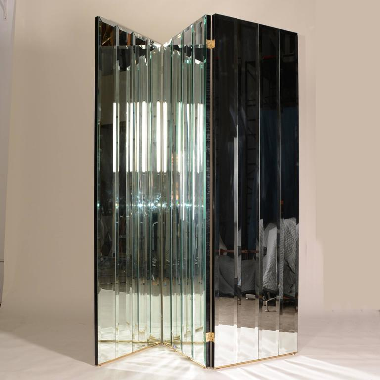 Henredon Beveled Mirror Room Divider In Excellent Condition For Sale In Los Angeles, CA