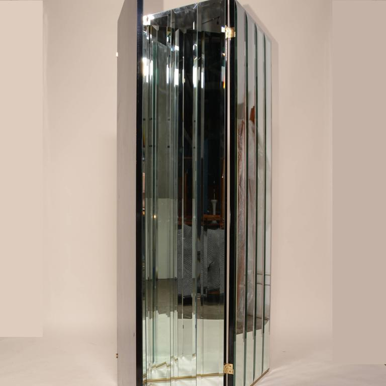 American Henredon Beveled Mirror Room Divider For Sale