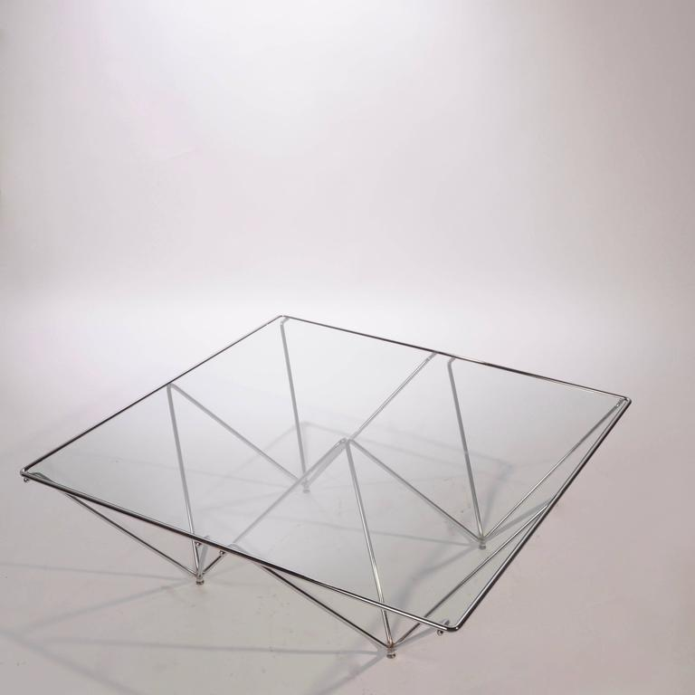 Mid-Century Modern Style of Paolo Piva 'Alanda' Coffee Table For Sale