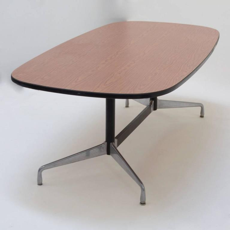 herman miller eames racetrack dining table for sale at 1stdibs. Black Bedroom Furniture Sets. Home Design Ideas