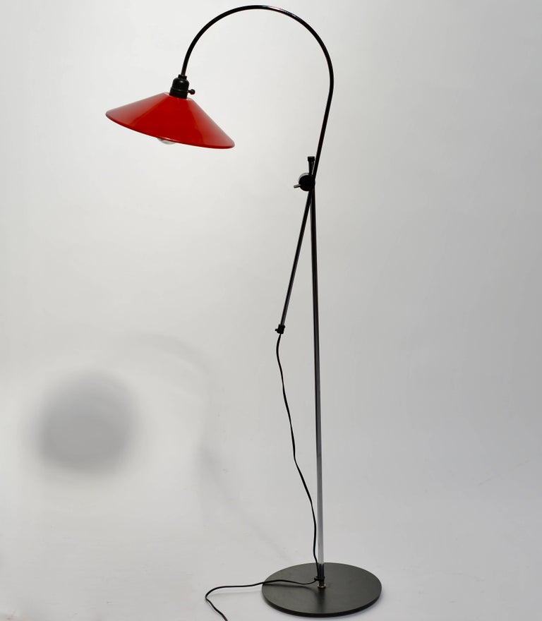 Adjustable Red And Black Italian Modern Floor Lamp For