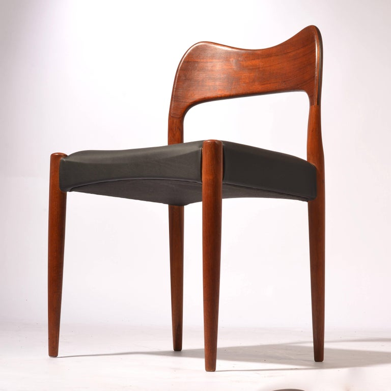 Six arne hovmand olsen danish teak dining room chairs at for Danish dining room chairs