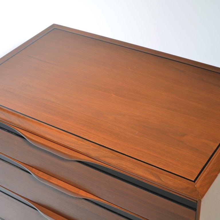 Mid-20th Century Walnut Three-Drawer Dresser by John Kapel for Glenn of California For Sale