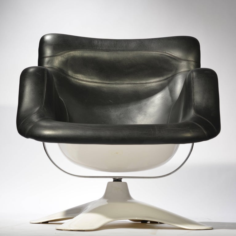 Karuselli Lounge Chair by Yrjö Kukkapuro In Excellent Condition For Sale In Los Angeles, CA