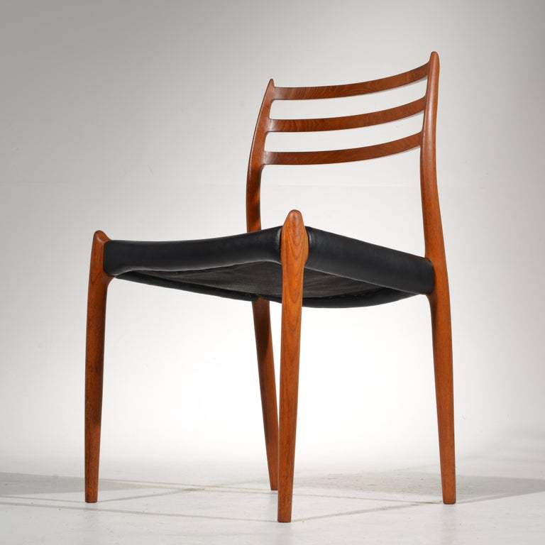 Niels O. Møller Dining Chairs Model 78 by J.L Møllers Møbelfabrik in Denmark For Sale 2