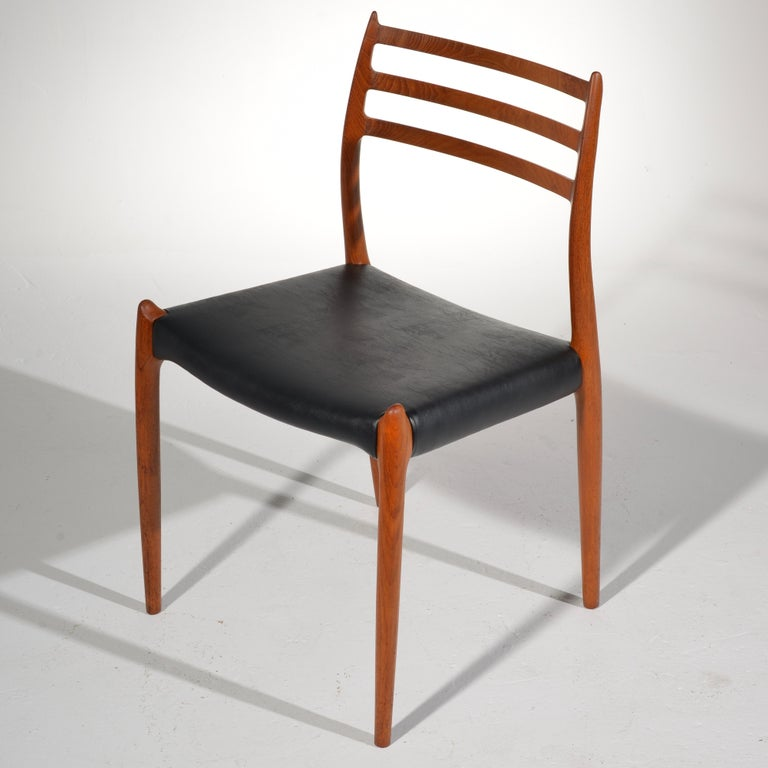 Niels O. Møller Dining Chairs Model 78 by J.L Møllers Møbelfabrik in Denmark For Sale 3