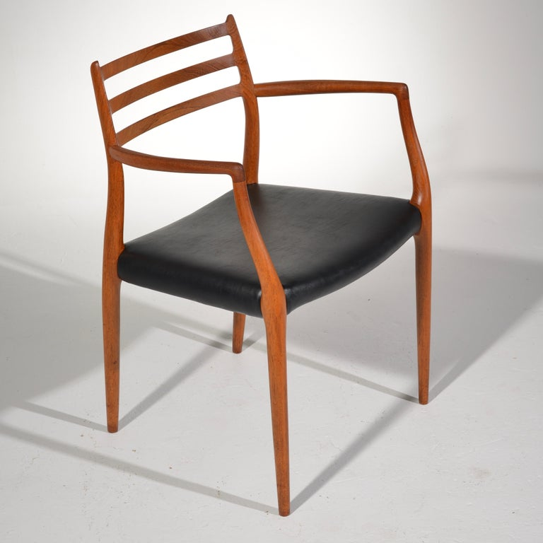 Niels O. Møller Dining Chairs Model 78 by J.L Møllers Møbelfabrik in Denmark For Sale 8
