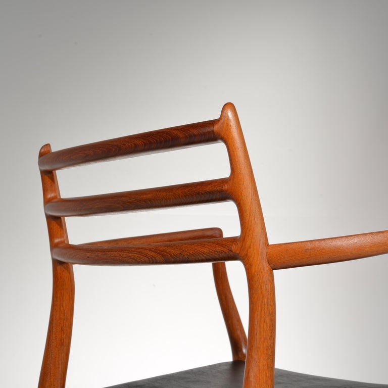 Niels O. Møller Dining Chairs Model 78 by J.L Møllers Møbelfabrik in Denmark For Sale 10