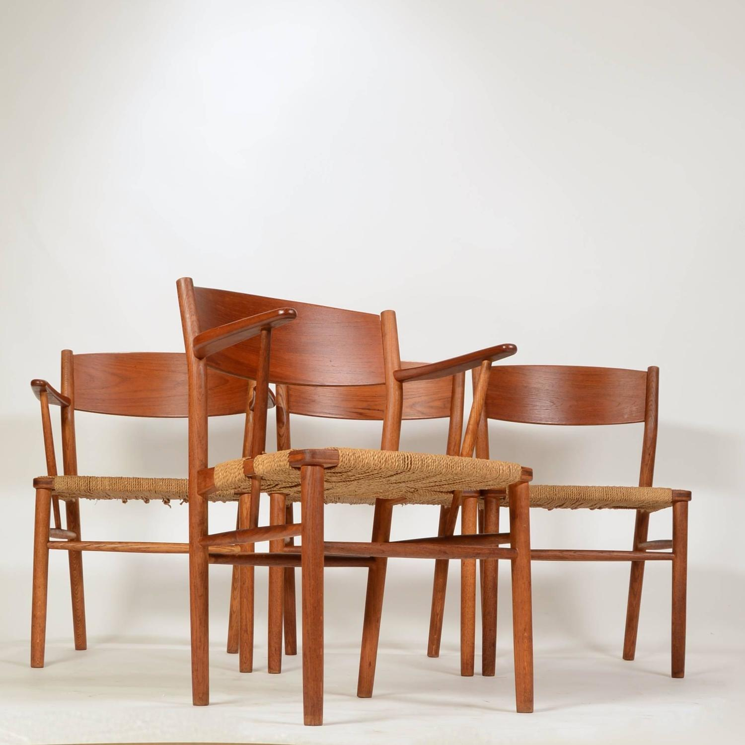 seagrass dining room chairs set of four b 248 rge mogensen seagrass dining chairs for sale