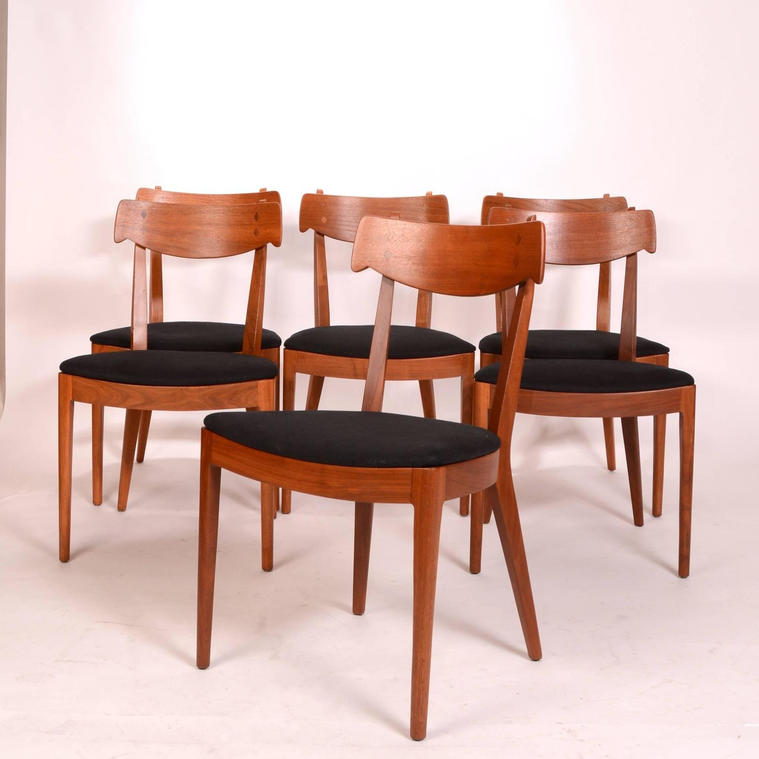 Drexel Dining Room Furniture Set Of Eight Chairs By  : DSC6204z from www.artofarchitect.com size 1500 x 1500 jpeg 114kB
