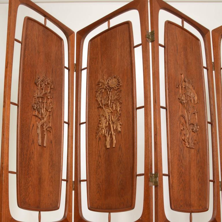 Scandinavian Modern Sculptural Four-Panel Folding Teak Screen Room Divider For Sale