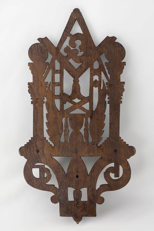From 1866-1871 Bellamy had a workshop he rented in a Masonic Hall in Charlestown, Massachusetts. He employed a number of carvers, including his brother Elijah. They made frames, clocks and shelves, a good amount of them were personalized. This