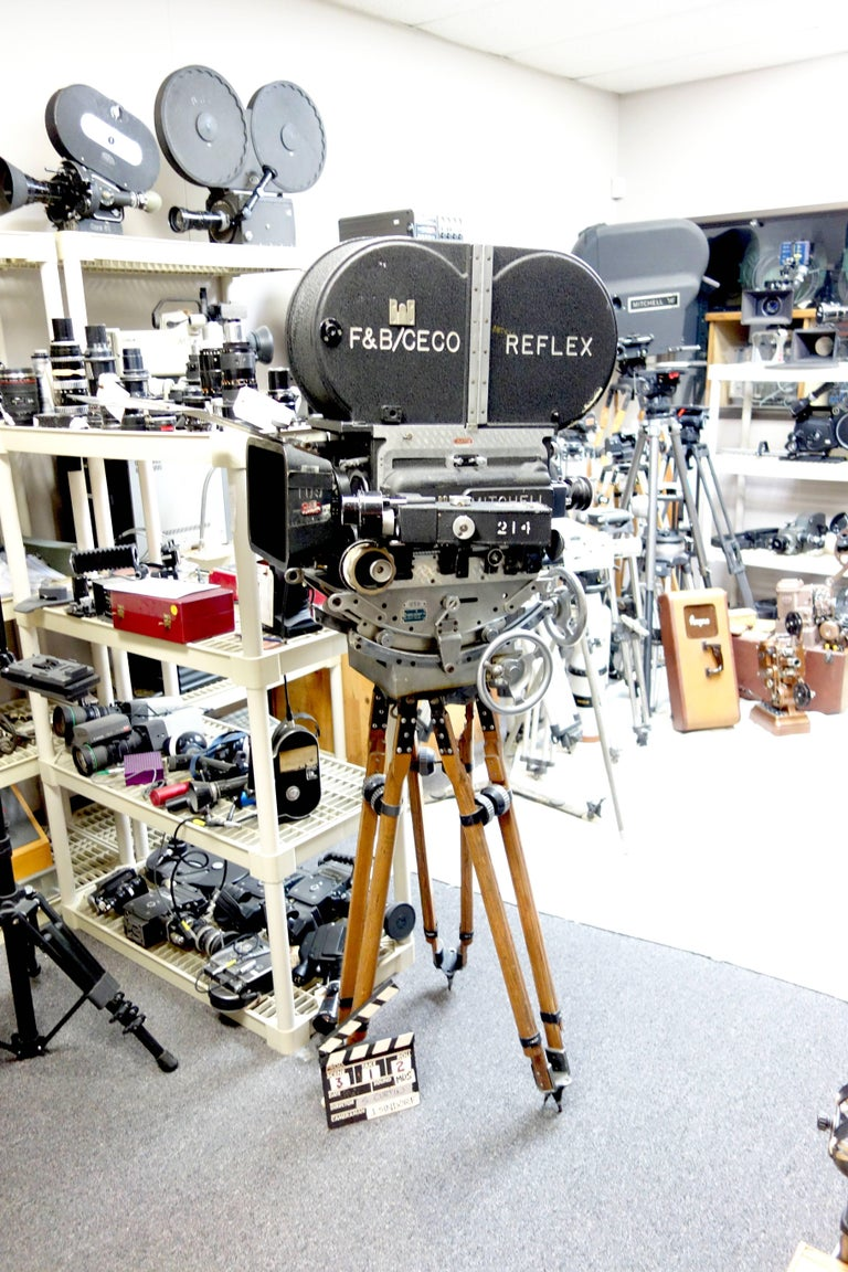 American Rare Mitchell 35mm Antique Hollywood Feature Cinema Camera Package as Sculpture For Sale