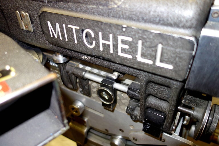 Rare Mitchell 35mm Antique Hollywood Feature Cinema Camera Package as Sculpture For Sale 3