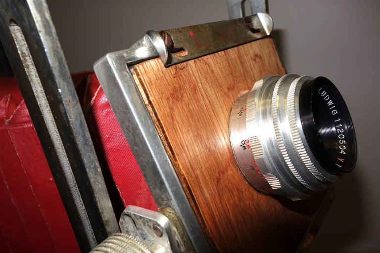 Mid-20th Century 4x5 View Camera, as Sculpture Display, Iconic Look with Chrome, Wood, circa 1950 For Sale