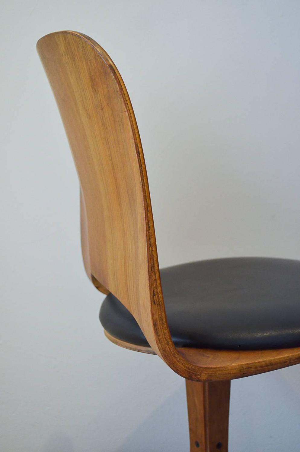 Swivel Desk Chair by George Mulhauser for Plycraft at 1stdibs