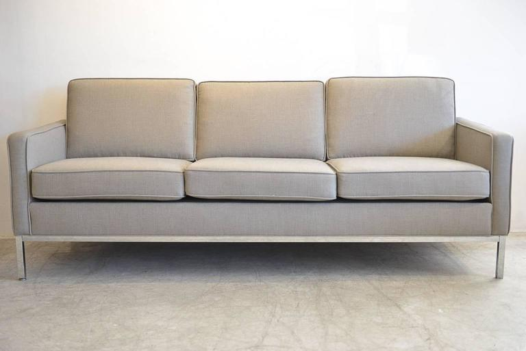 Florence Knoll Style Sofa By Steelcase Beautifully Reupholstered In Grey Or Beige Tweed With Chrome