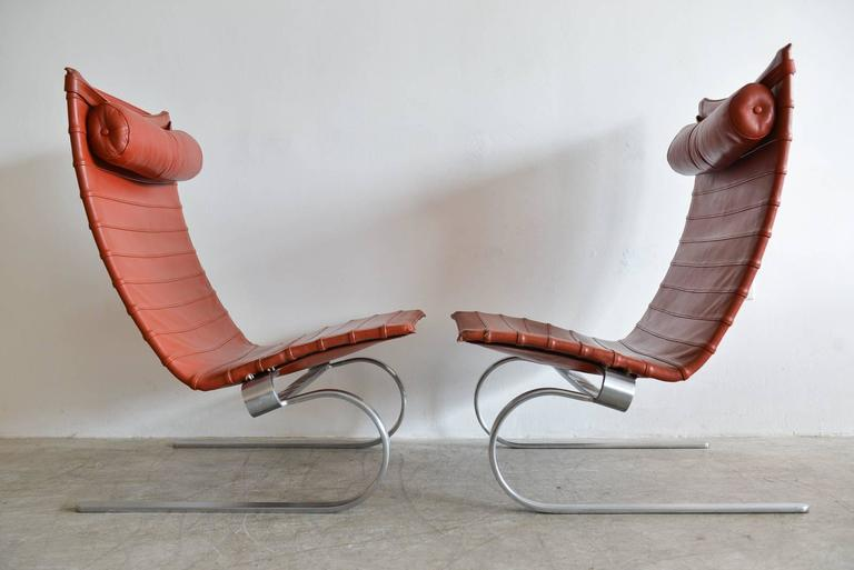 Mid-Century Modern Pair of Poul Kjærholm PK20 Leather Lounge Chairs For Sale