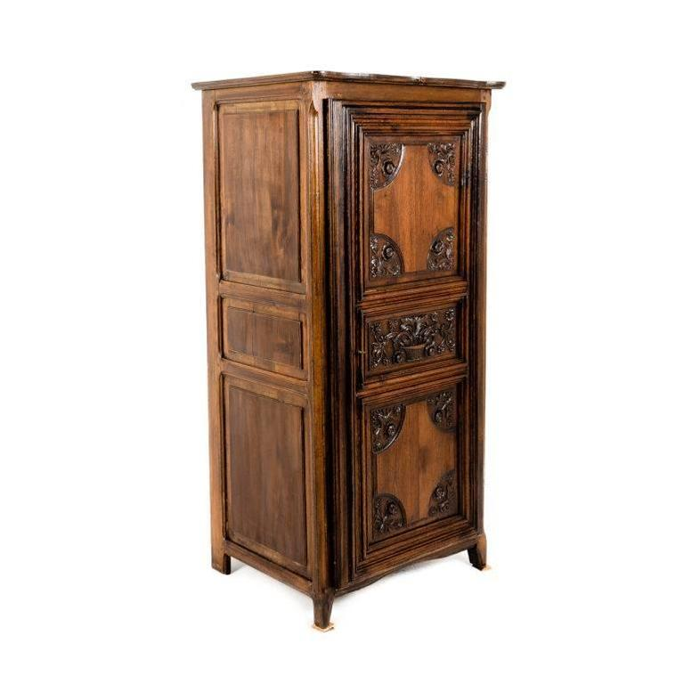 small vintage french armoire with carved period door for sale at 1stdibs. Black Bedroom Furniture Sets. Home Design Ideas