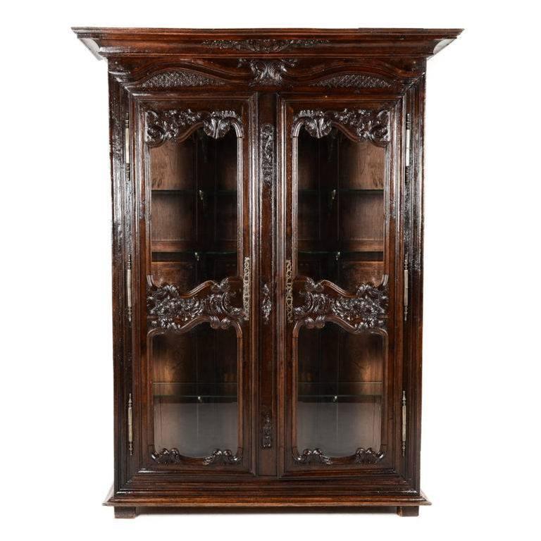 rare antique french carved oak vitrine for sale at 1stdibs. Black Bedroom Furniture Sets. Home Design Ideas