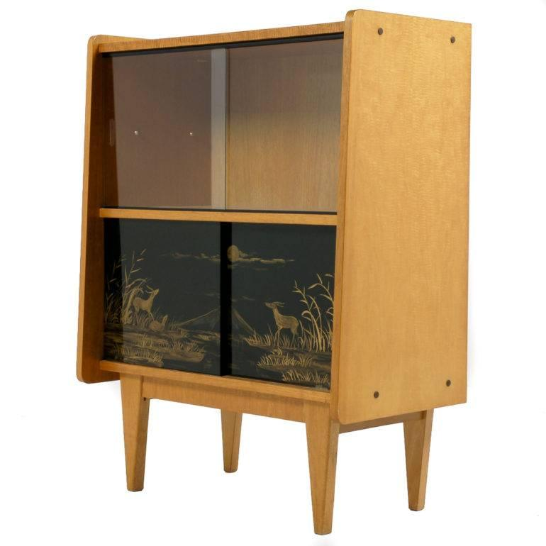 Merveilleux French Mid Century Modern Liquor Cabinet For Sale