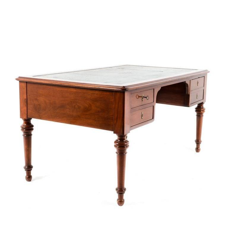 French mahogany bureau plat at 1stdibs for Bureau in french